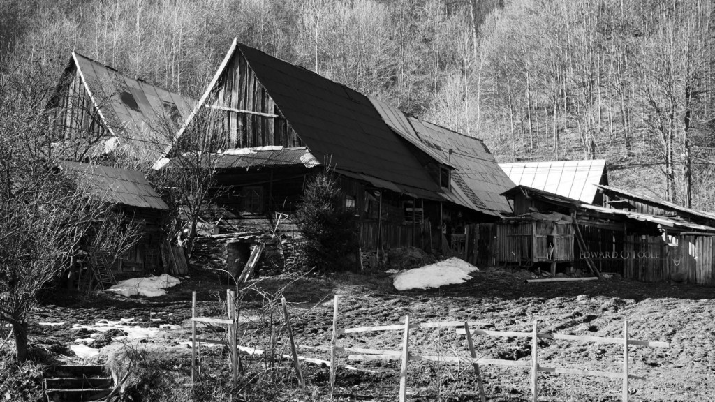 oldwoodenfarm