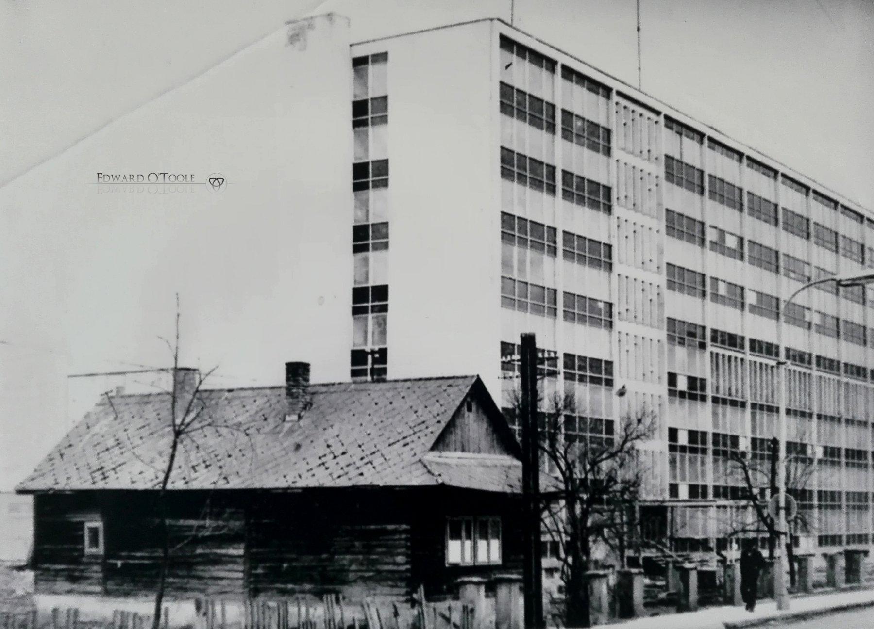 socialistwoodenhouse